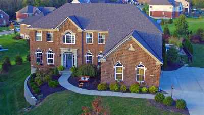 Boone County Single Family Home For Sale: 10700 Lucy Court