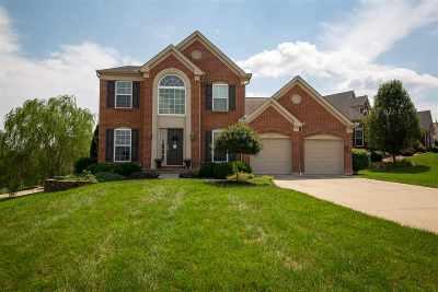 Erlanger Single Family Home For Sale: 823 Doeridge Drive