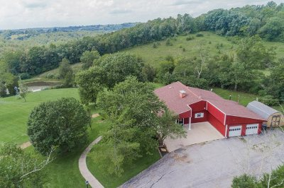 Alexandria Single Family Home For Sale: 6670 Heck Road