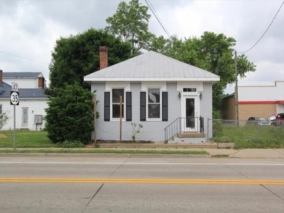 Gallatin County Single Family Home For Sale: 201 E Main Street