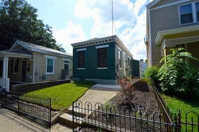 Covington Single Family Home For Sale: 1109 Holman