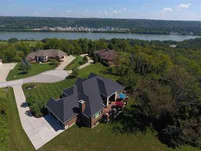 Burlington, Hebron Single Family Home For Sale: 591 Rivershore
