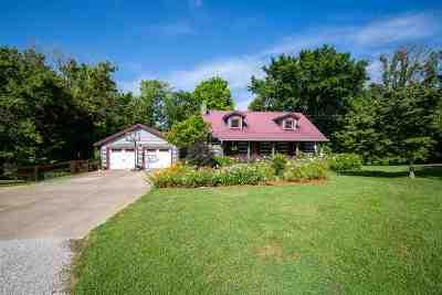 Burlington Single Family Home For Sale: 6453 Cottontail Trail