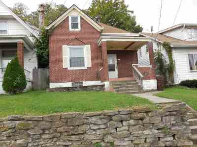 Single Family Home For Sale: 315 Montclair Avenue
