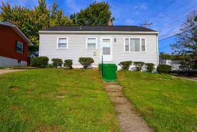 Elsmere Single Family Home For Sale: 602 Orchard Street