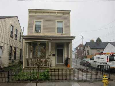 Covington Single Family Home For Sale: 948 Philadelphia Street