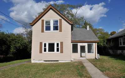 Single Family Home New: 28 Ash Street
