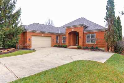 Boone County Single Family Home For Sale: 943 Riva Ridge