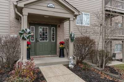 Burlington Condo/Townhouse For Sale: 2260 Medlock Lane