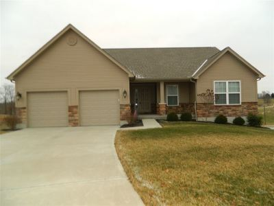 Single Family Home For Sale: 738 Morning Glory
