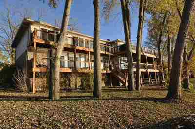 Oldham County Single Family Home For Sale: 3102 Belknap Beach Road