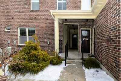 Condo/Townhouse For Sale: 648 Hidden Pine Way