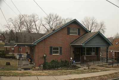 Single Family Home For Sale: 10 E Crescent Ave