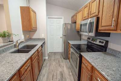 Florence KY Condo/Townhouse For Sale: $110,000