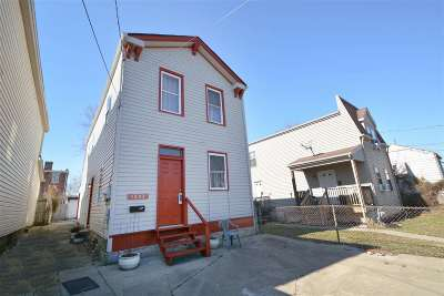Covington Single Family Home For Sale: 1227 Russell Street
