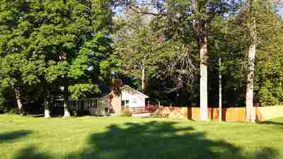 Boone County Single Family Home For Sale: 12633 Dixie
