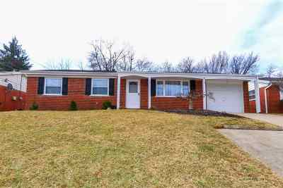 Erlanger Single Family Home For Sale: 675 Mimosa Court