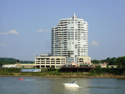 Campbell County Condo/Townhouse For Sale: 400 Riverboat Row #905