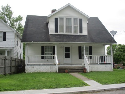 Pendleton County Multi Family Home For Sale: 204 Front Street