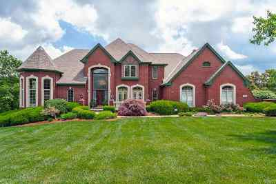 Kenton County Single Family Home For Sale: 920 Squire Oaks Drive