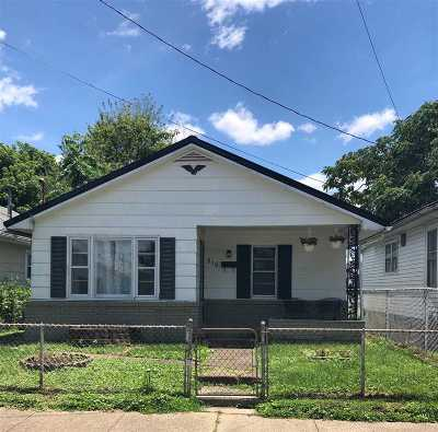 Single Family Home For Sale: 516 Wood