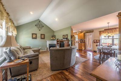 Dry Ridge Single Family Home For Sale: 140 Saddlebrook Road