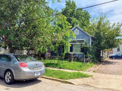 Kenton County Single Family Home For Auction: 21 W 36th