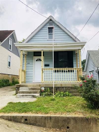 Dayton Single Family Home For Sale: 926 Walnut Street