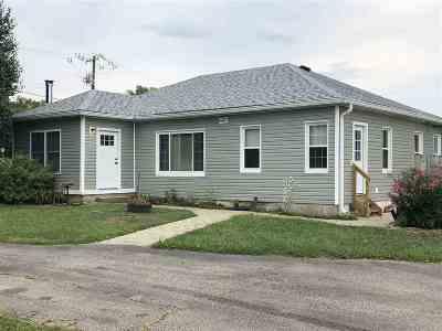 Single Family Home For Sale: 107 S Bracht Piner Road