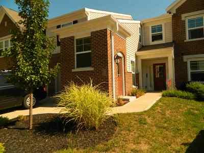 Burlington Condo/Townhouse For Sale: 2583 Paragon Mill