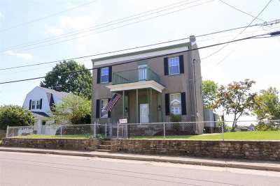 Newport Single Family Home For Sale: 158 Kentucky Drive
