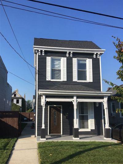Bellevue Single Family Home For Sale: 144 Van Voast