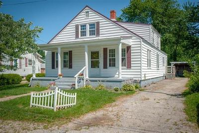 Hardinsburg KY Single Family Home For Sale: $90,000