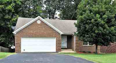 Bowling Green Single Family Home For Sale: 324 Sequoia Court