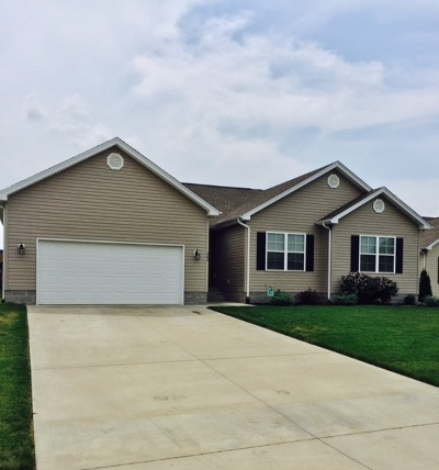 Bowling Green Single Family Home For Sale: 382 Red Elm Lane