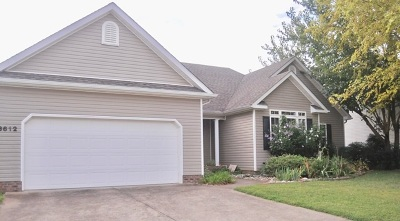 Bowling Green Single Family Home For Sale: 3612 Cave Springs Court