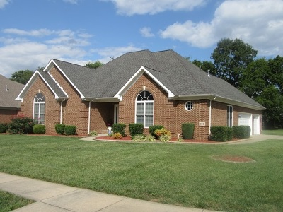 Bowling Green Single Family Home For Sale: 220 Goldrush Dr