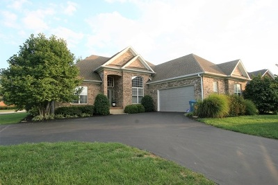 Bowling Green Single Family Home For Sale: 3604 Summer Breeze Ct