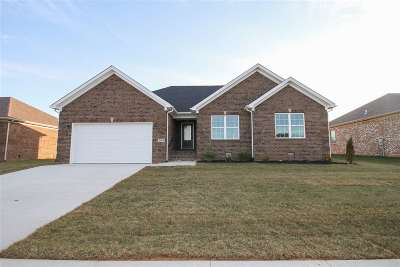 Bowling Green Single Family Home For Sale: 2917 Tumbleweed Trail
