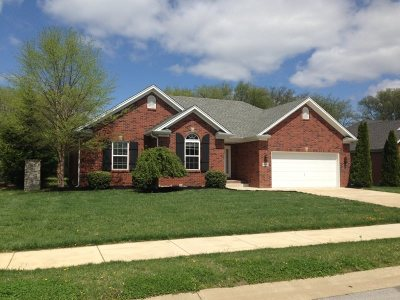 Bowling Green Single Family Home For Sale: 1010 Aristides Drive