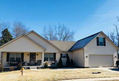 Bowling Green Single Family Home For Sale: 113 Cedar Hollow Court