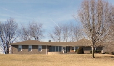 Bowling Green Single Family Home For Sale: 5601 Cemetery Road