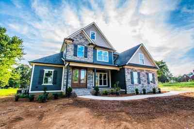 Bowling Green Single Family Home For Sale: 593 Dunbarton Avenue