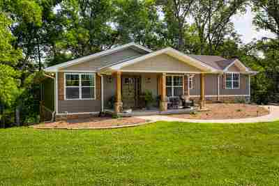 Bowling Green Single Family Home For Sale: 2485 Jackson Bridge Road