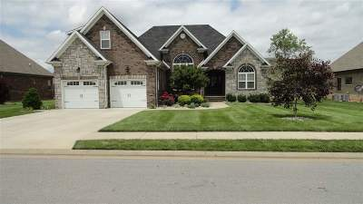 Bowling Green Single Family Home For Sale: 3324 Fox Fire Ct