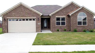 Bowling Green Single Family Home For Sale: 5438 Hackberry Way