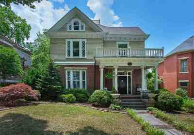 Bowling Green Single Family Home For Sale: 621 E Main Ave