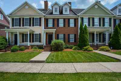 Bowling Green Single Family Home For Sale: 324 East Promenade