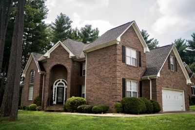 Bowling Green Single Family Home For Sale: 100 White Pine Ct