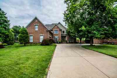 Bowling Green Single Family Home For Sale: 912 Nine Iron Court